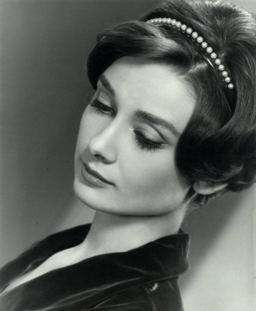 Her Royal Highness Som Altesse Royale Princess Audrey Hepburn the Queen of Heaven siempre vigin (1)